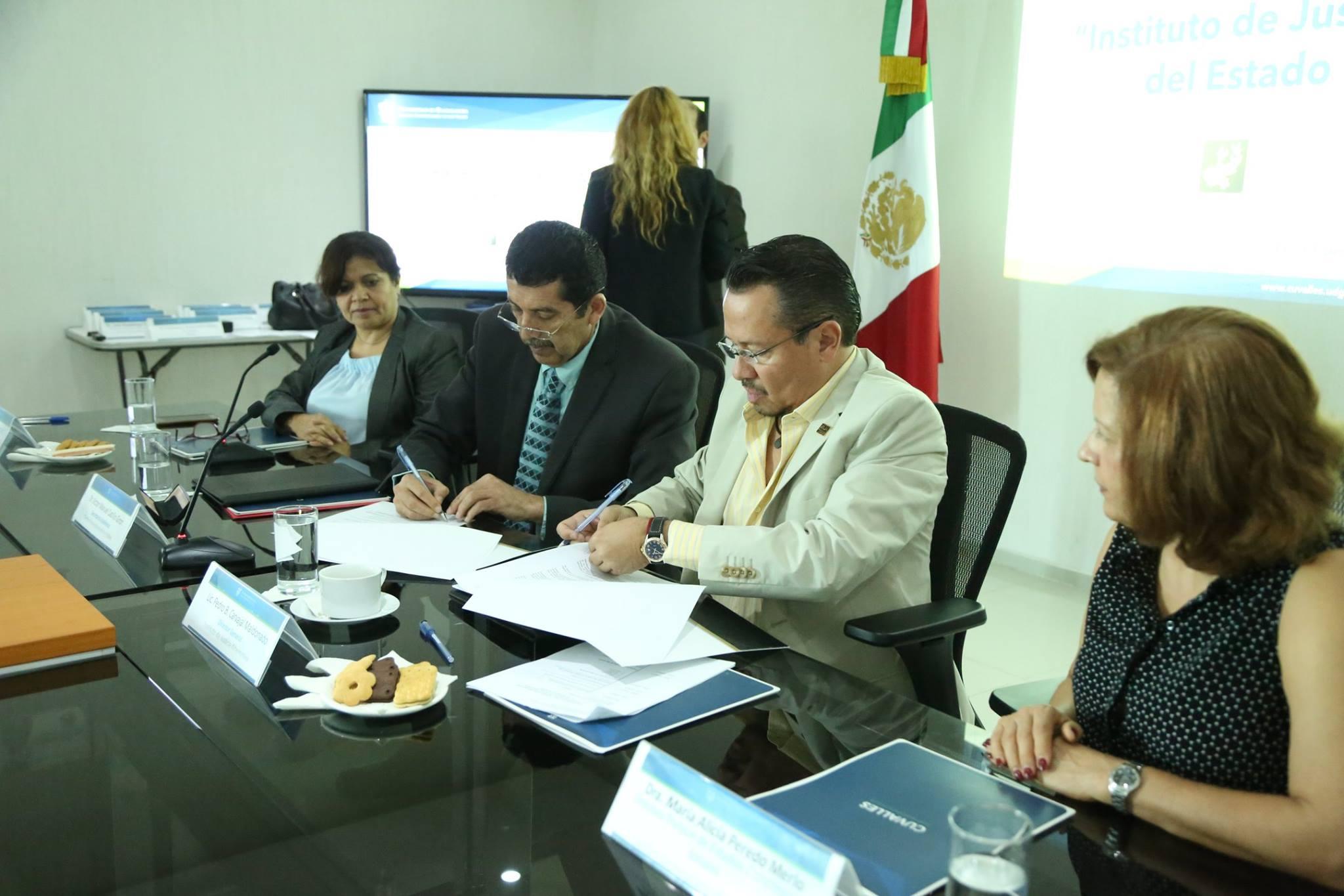Los representantes del CUValles y el IJA firman convenios de colaboración