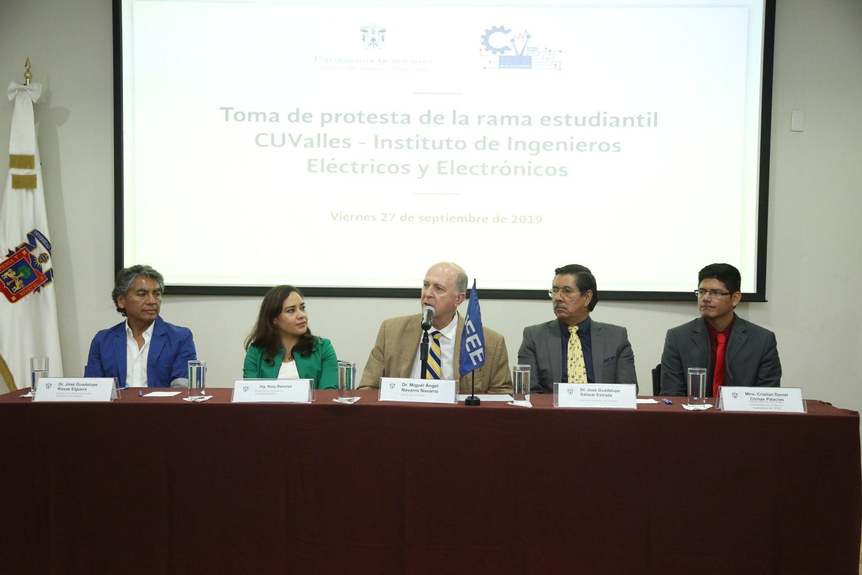 Dr. Miguel Ángel Navarro Navarro emite mensaje previo a la toma de protesta